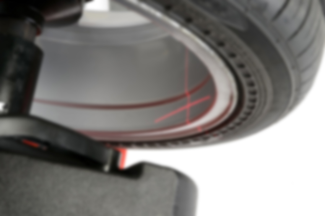 getTREAD-wheel-balance-laser-blurred