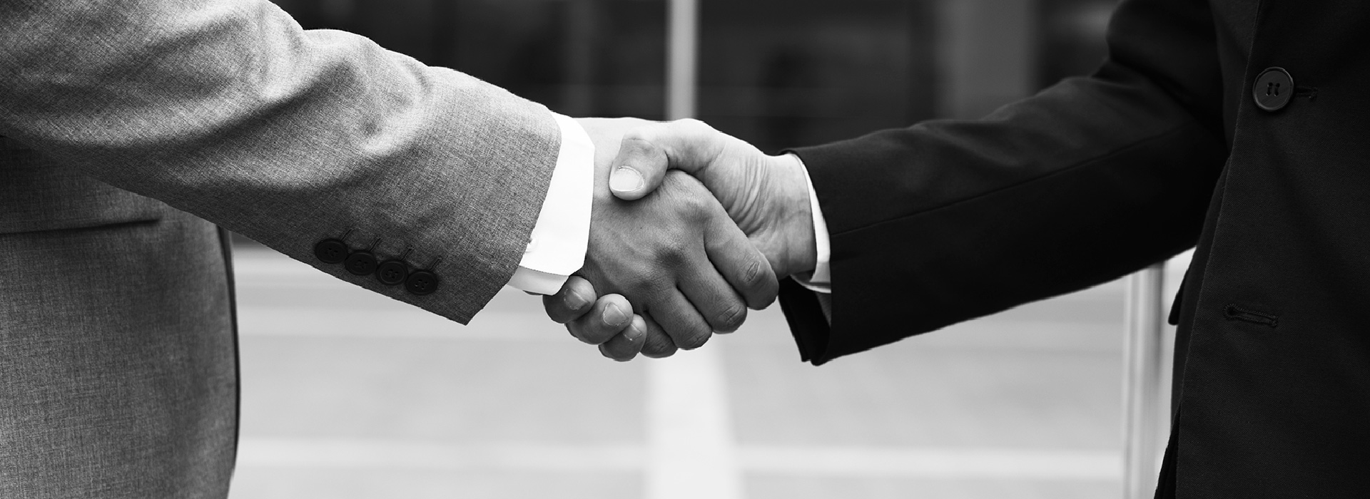 getTREAD hand shake with business partner
